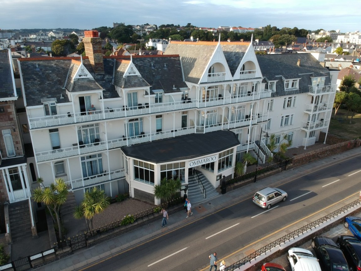 drone photo of Ommaroo Hotel In Jersey
