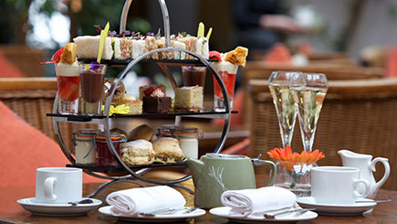 Win A Luxury Afternoon Tea For Two With Red Letter Days {Giveaway}