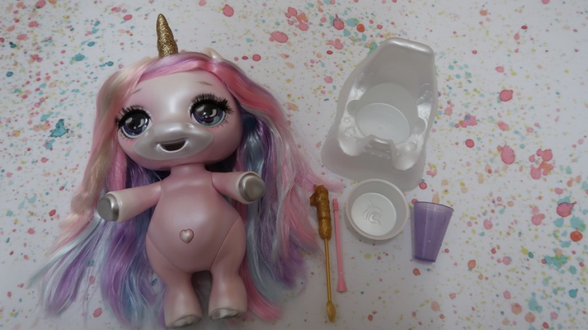 Poopsie unicorn and accessories