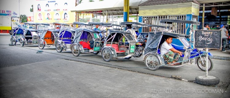 The lineup of Tricycle drivers that was waiting for me at the Dao Mabalacat Bus Terminal in Angeles City