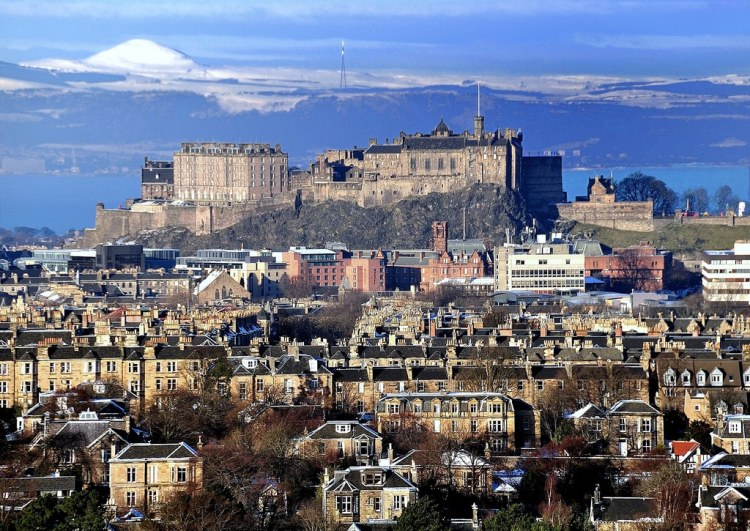Edinburgh Castle - Photography by Neil Roger