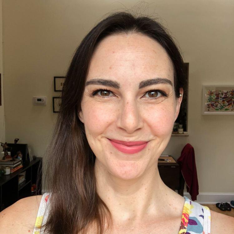 Selfie with sample makeup