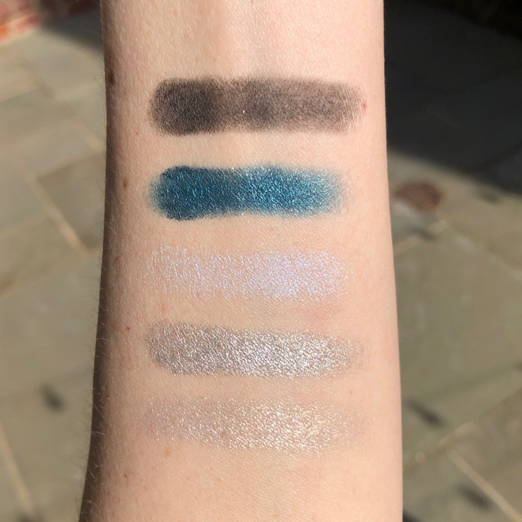 Night's Watch Eyeshadow Swatches | Urban Decay Game of Thrones Eyeshadow Palette