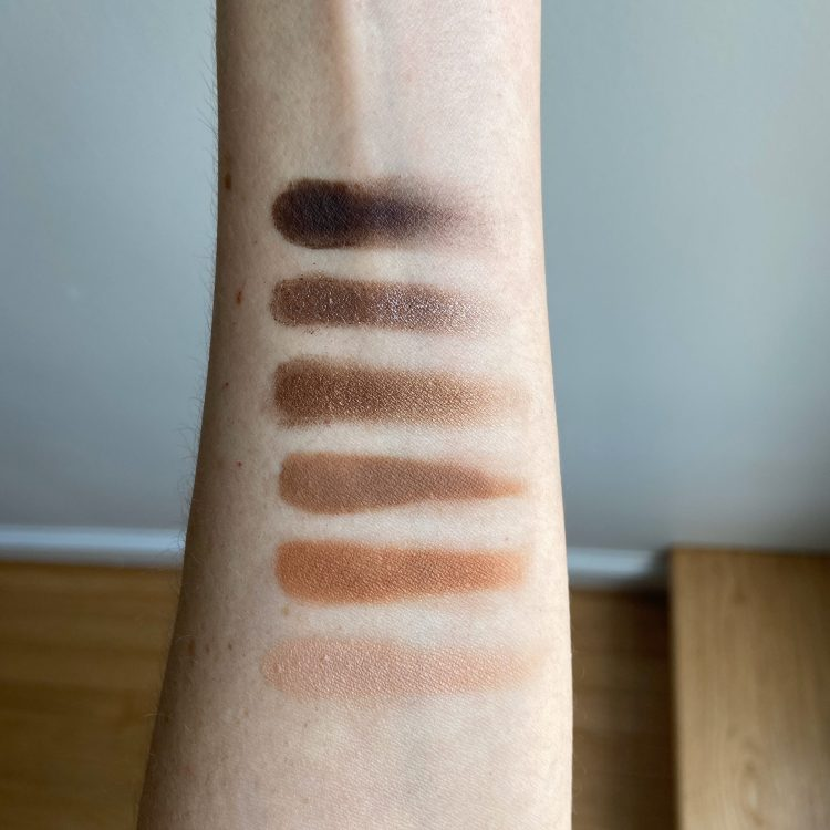 Naked Reloaded shadow swatches