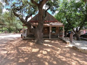 Luckenbach-Post-Office