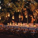 Phinda Zuka Lodge - Dining under the stars