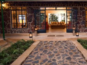 Clouds Mountain Gorilla Lodge - Entrance