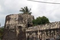 20160814-tz-zanzibar-stone-town-fort-1-large
