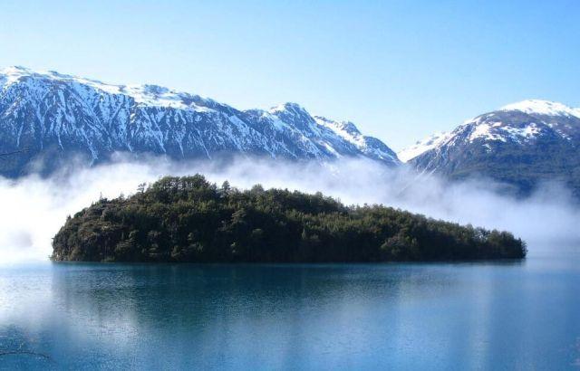 Lakes Crossing