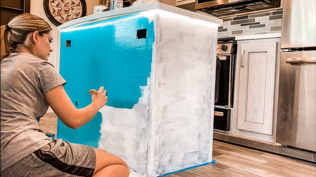 How To Paint Rv Cabinets Adventures, Painting Rv Cabinets With Chalk Paint