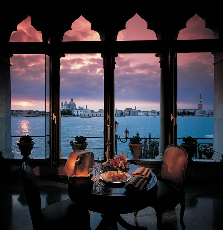 Belmond Hotel Cipriani, for the perfect luxury Italian honeymoon