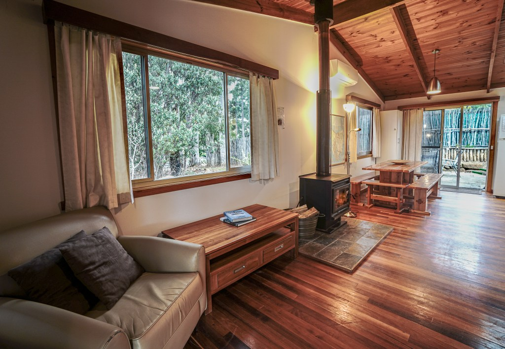 Seaview Retreat self-contained accommodation on Bruny Island