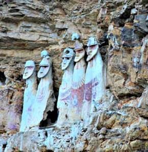 Sarcófagos de Karajia en Chachapoyas - Las misteriosas tumbas