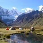 Zona Reservada Cordillera Huayhuash: Conservación de los ecosistemas de alta montaña contenidos en esta zona cordillerana.