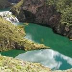 El Parque Nacional Otishi está compuesto por selvas de montaña del extremo norte de la cordillera Vilcabamba, entre las regiones de Junín y Cusco