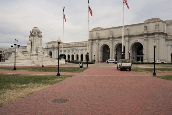 Union Station was finished in 1907 and designed by Daniel Burnham in the Beaux Arts Style.