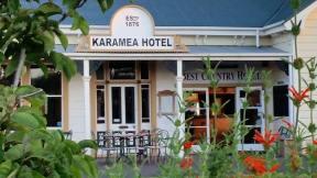 Karamea Hotel front entrance