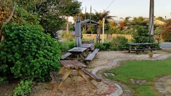 Karamea Hotel picnic benches