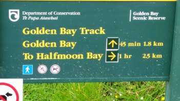 stewart-island-golden-bay-sign