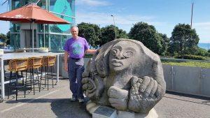 Taranaki New Plymouth Puke Ariki museum, outside sculpture