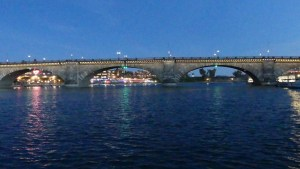 Lake Havasu City's London Bridge at night