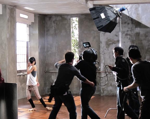 Jolin Tsai - China Life Filming - 1