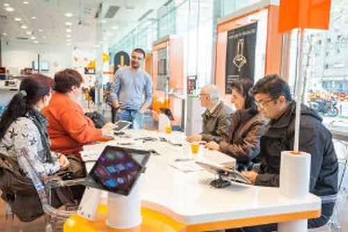 Orange invită părinții la o nouă serie de ateliere digitale #parintilascoala