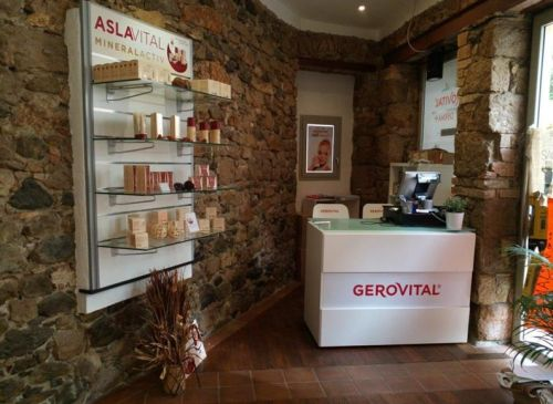 Farmec deschide magazin de brand în Franța