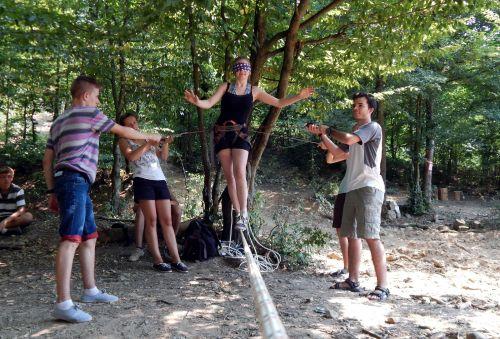 Susţine un ONG! – 131.700 de lei pentru proiecte filantropice susţinute de angajaţi Orange România