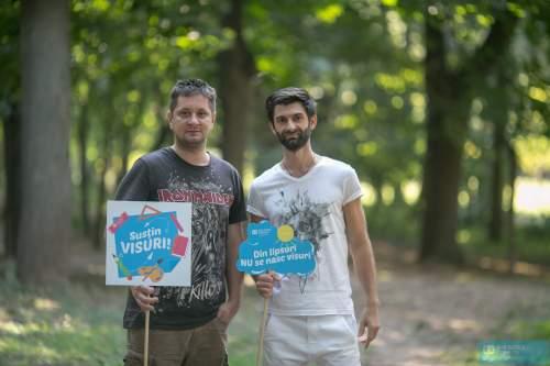Paul Ipate și Octavian Strunilă au spus Prezent în campania SOS Satele Copiilor