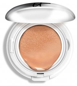 CC veil by IT cosmetics with sunscreen