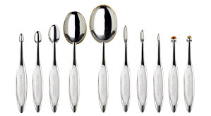 the artis mirror finish 10 brush collection