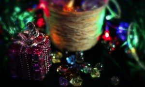 glittery-holiday-gifts