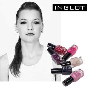 tennis star with inglot nail polish
