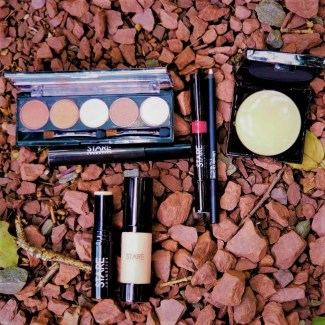 stare cosmetics photo by alison blackman (c) 2018 for advicesisters.com