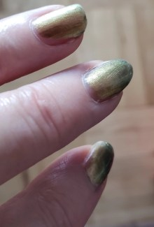 oh so shifty green polish photo by alison blackman morgan taylor platinum nails