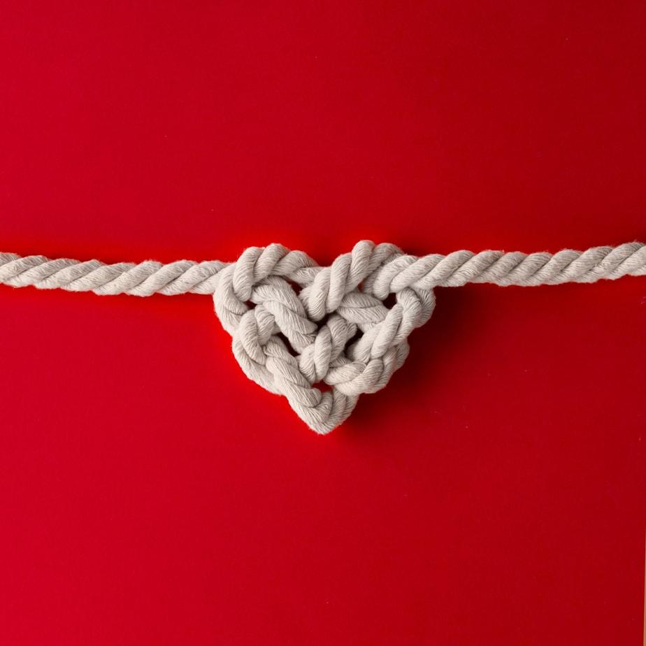 Heart shaped knot