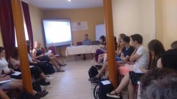 Ide dhe Aksione për Evropën, Energjia dhe Mjedisi, menaxhimit te mbetjeve, përfaqësues shqiptarë të OJQ-ve, pasqyrë të përgjithshme të efiçiencës, liberalizimin e tregut, zhvillimi të qëndrueshëm, Universiteti Metropolitan