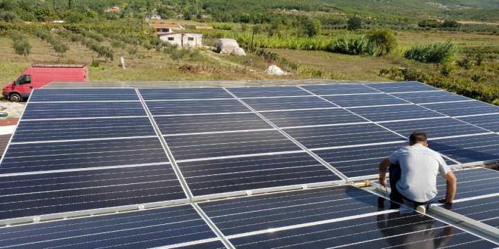 """Kur shija e """"Rapsodisë"""" prek inovacionet e teknologjisë solare"""