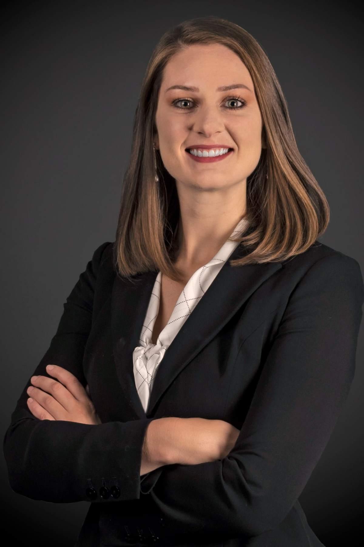 Erika Binnix Associate