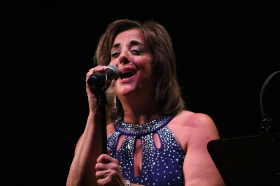 Vocalist Patty Vellucci sang both lead and harmonies on Saturday.