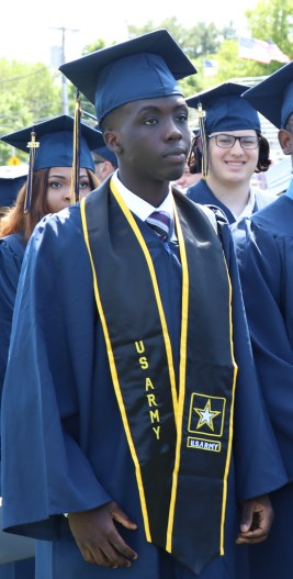 Graduate Pierre Davidson enlisted into the US Army.
