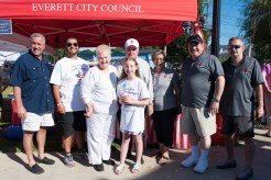 State Representative Joe McGonagle joined Everett City Councilors at Glendale Park, where refreshments were handed out