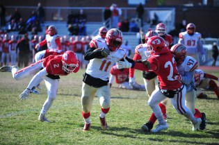 FULL SPEED AHEAD: Sure-handed Tide wide receiver Tyrese Baptiste has been a teady two-way player throughout the season including the Masco win on T-Day.