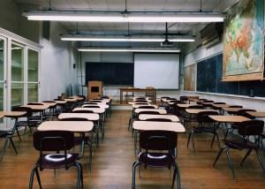 Tempo dedicado a cursos online obrigatórios para promoção será pago como hora extra