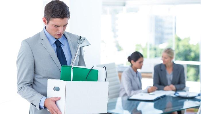 rozwiązanie umowy o pracę przez pracownika
