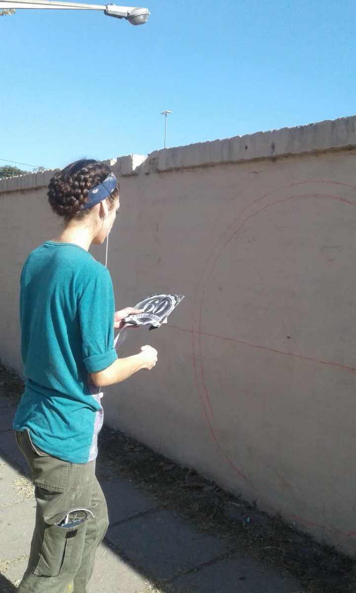 Actividades por los 60 años de AEC - Pintada de Mural - 10