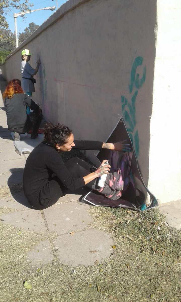 Actividades por los 60 años de AEC - Pintada de Mural - 8