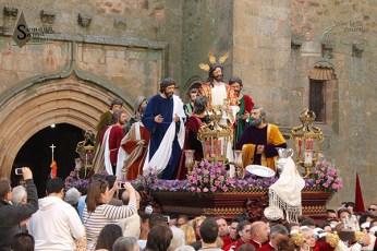 Cofradía de la Sagrada Cena Horario: 11:00 con salida de Iglesia de Santiago