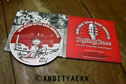 Rolling Stone - 1000 Gitar Untuk Anak Indonesia (2011)